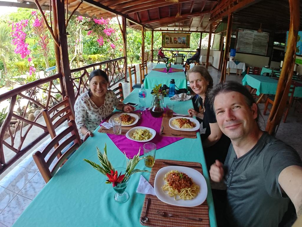 Spanskundervisning med Mayra i Amazonas. Suchipakari Amazon Jungle Lodge, Ecuador.
