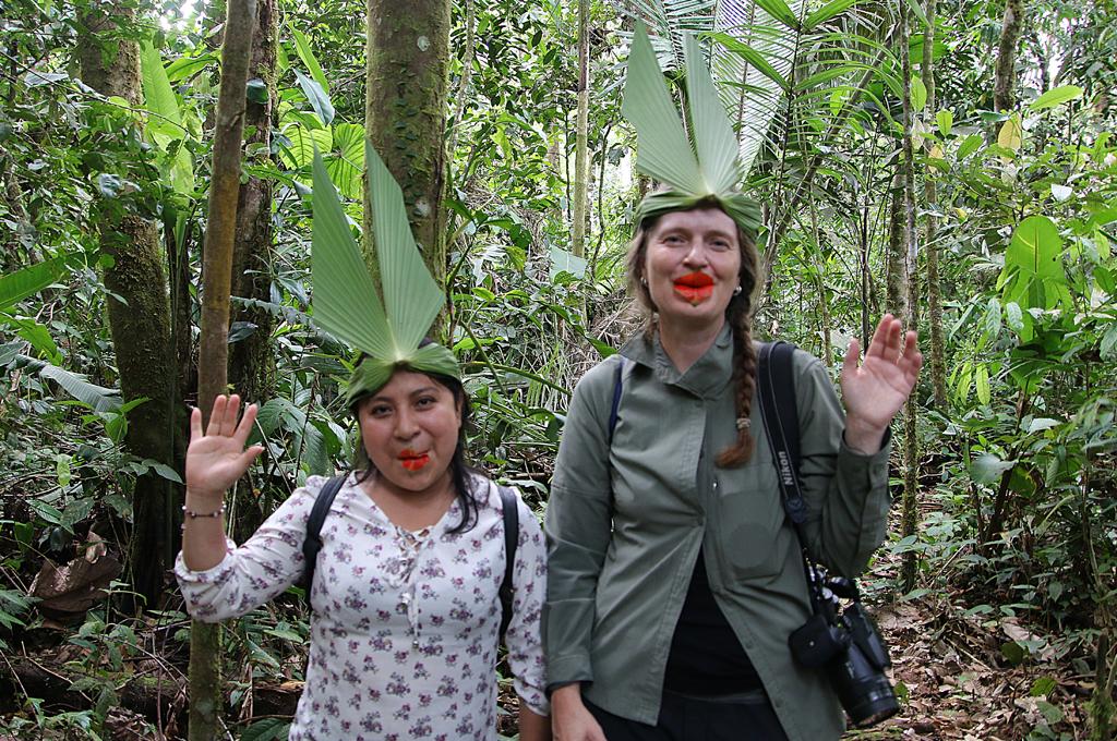 Smukker damer i junglen., Amazonas, Suchipakari Amazon Jungle Lodge, Ecuador.