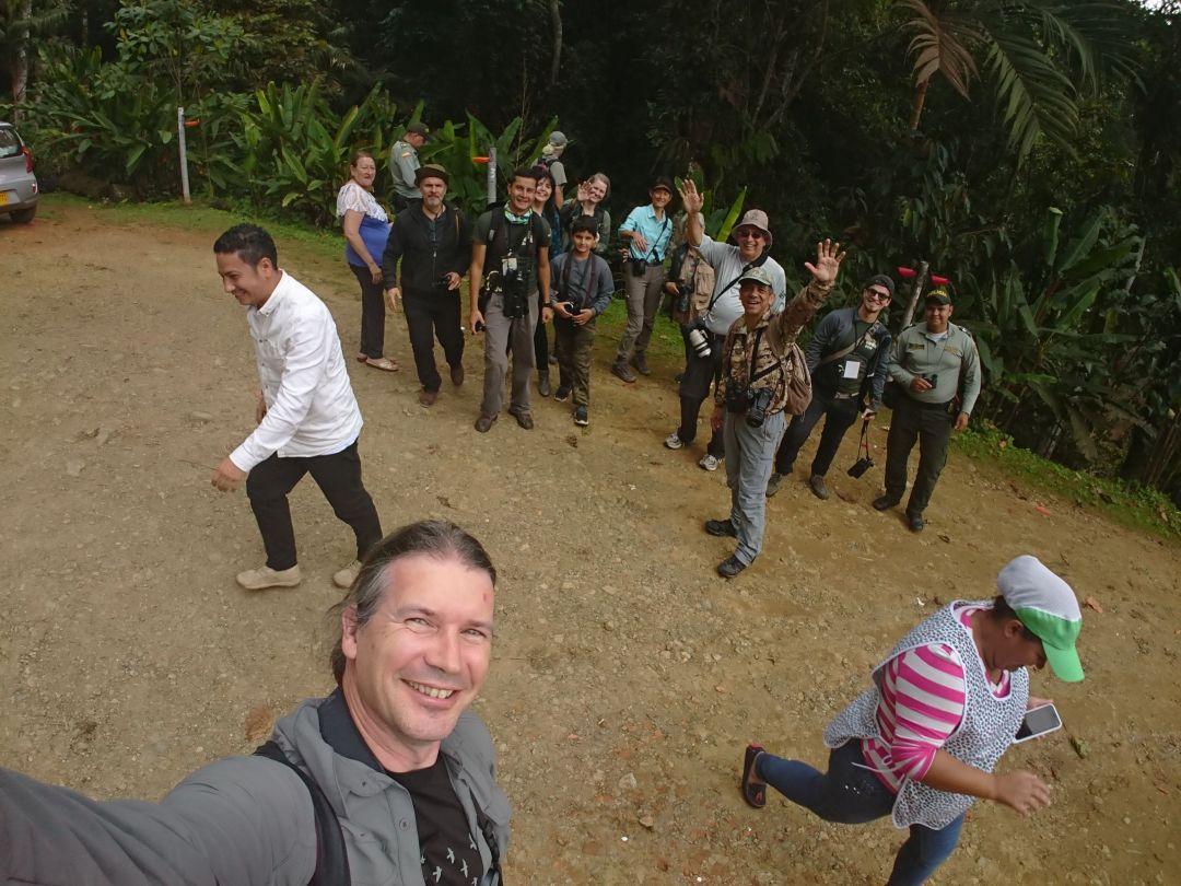 Deltagere på fredagen fugletur til Kilometros 18. Colombia Birdfair 2019, Cali, Colombia.