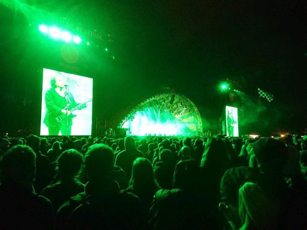 Lørdag aftene lukkede The Cure Orange scene. Orange, Roskilde Festival 2019.