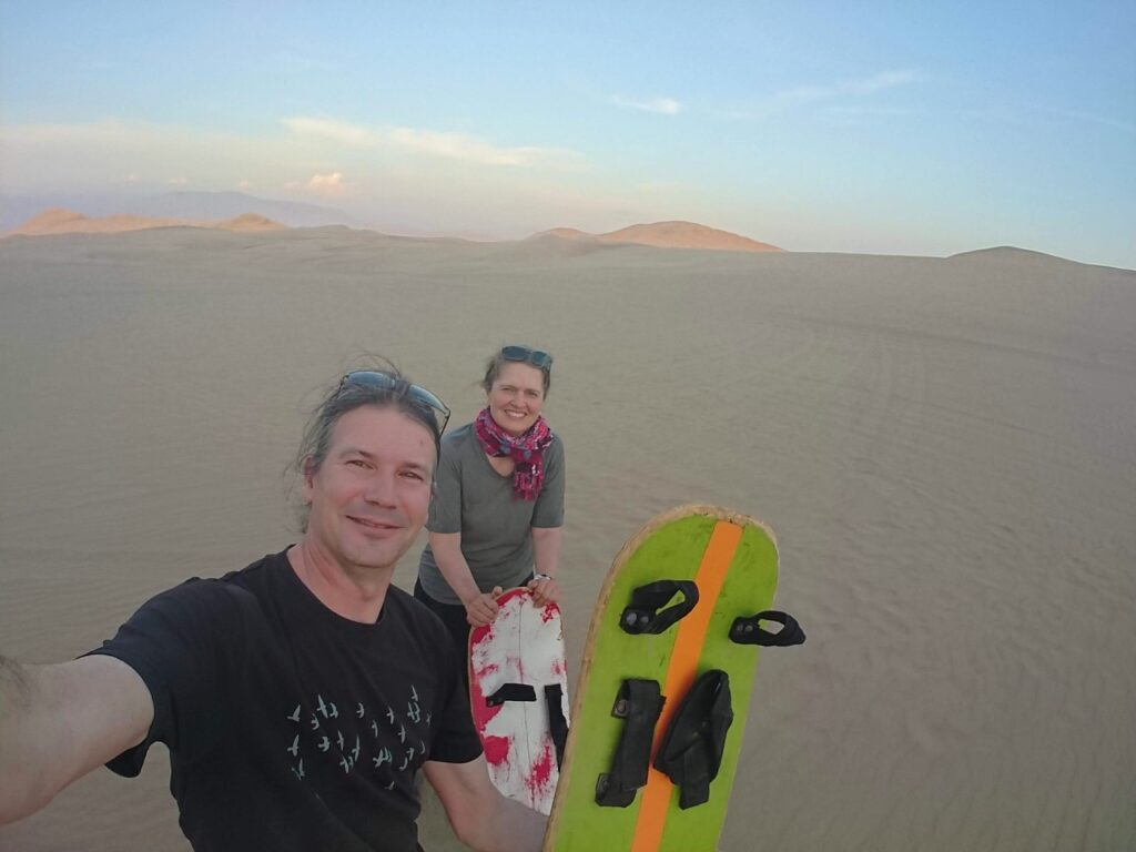 Now we were on the tourist route - we did as the others and tried sandboarding. Huacachina Oasis, Peru.
